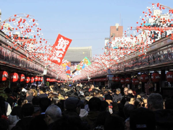 Crowds in Nakamise Asakusa on New Year's day