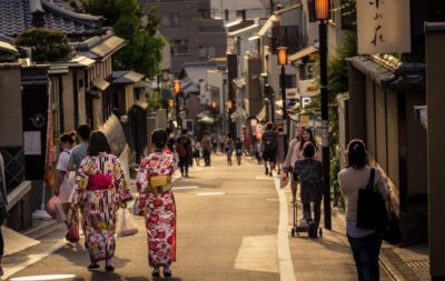 Traditional Kyoto street in Higashiyama, part of our Best of Japan private tour