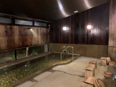 A small onsen bathing area in a hot spring in Japan